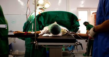 Zbombardované nemocnice: Amerika alebo Rusko?
